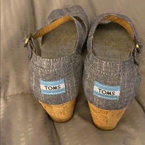 Denim wedge sandals by Toms 2 1/2 cork wedge